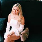 @danielleferrara's profile picture on influence.co