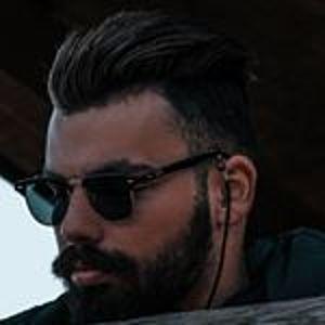 @manolis_sav's profile picture on influence.co