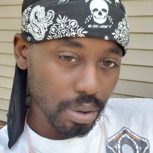 @ziuslit's profile picture on influence.co