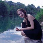 @nicolevengazo's profile picture