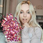 @jenniferbiana's profile picture on influence.co