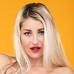 @evakisimova.model's profile picture on influence.co