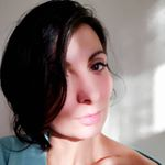 @vera_popescu's profile picture on influence.co