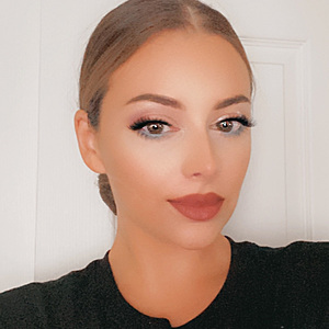 @con7beauty's profile picture on influence.co