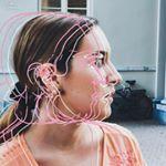 @carmenmira.creative's profile picture on influence.co