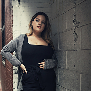 @jenniferlatorre's profile picture on influence.co