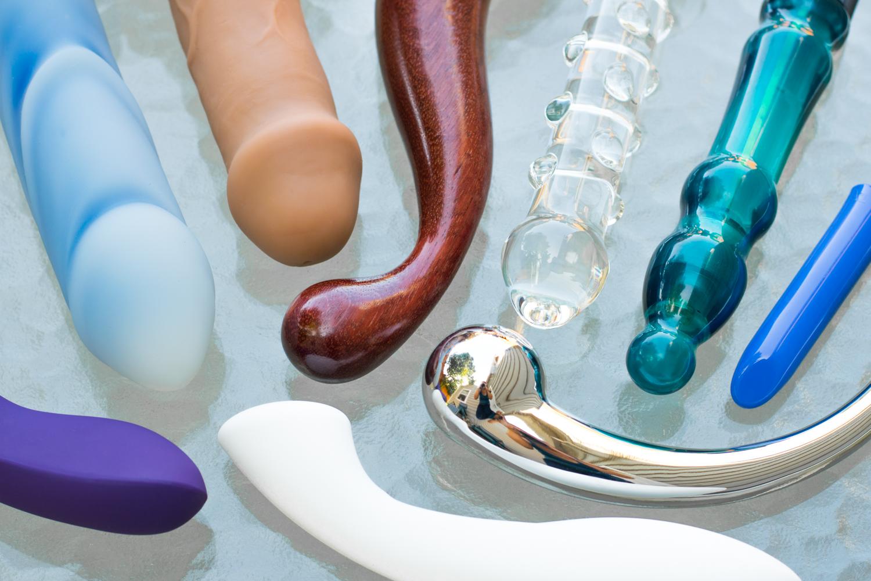 Circle of sex toys by epiphora