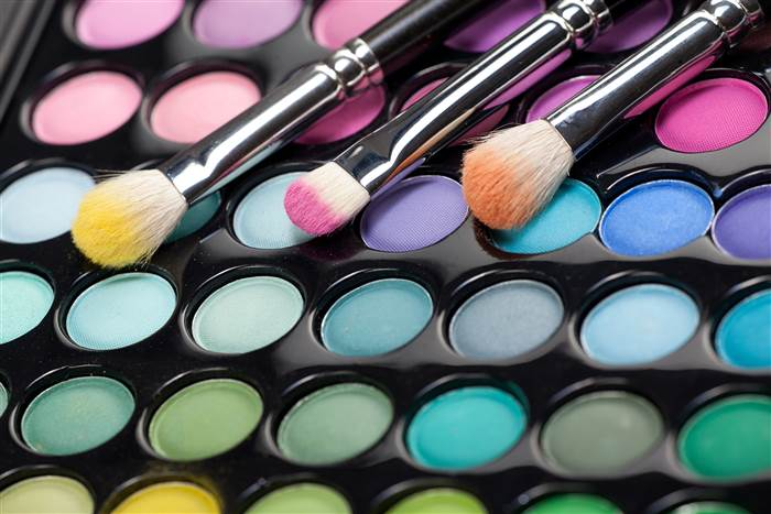 Opposite colors makeup today inline 160218 395edf3c584a3c64b6947371b39420e7.today inline large