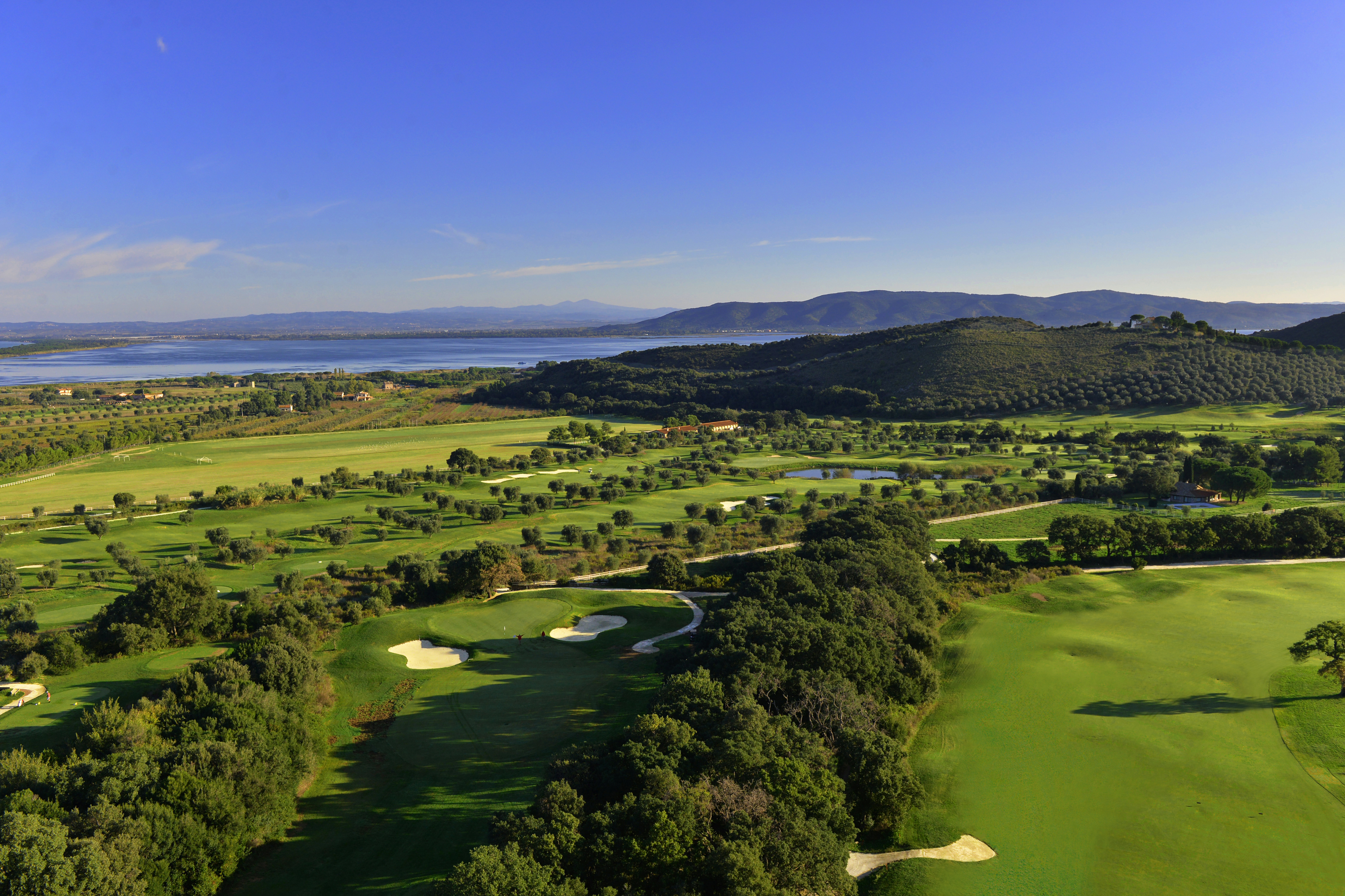 Argentario golf residences location