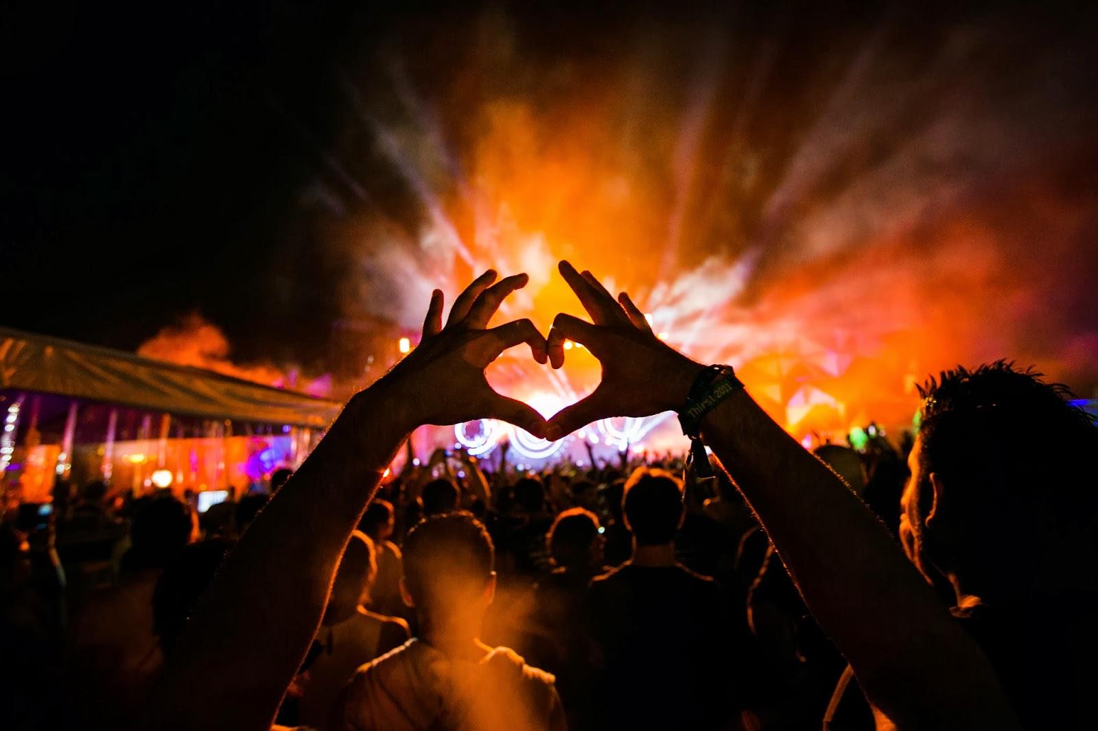 Edm love songs