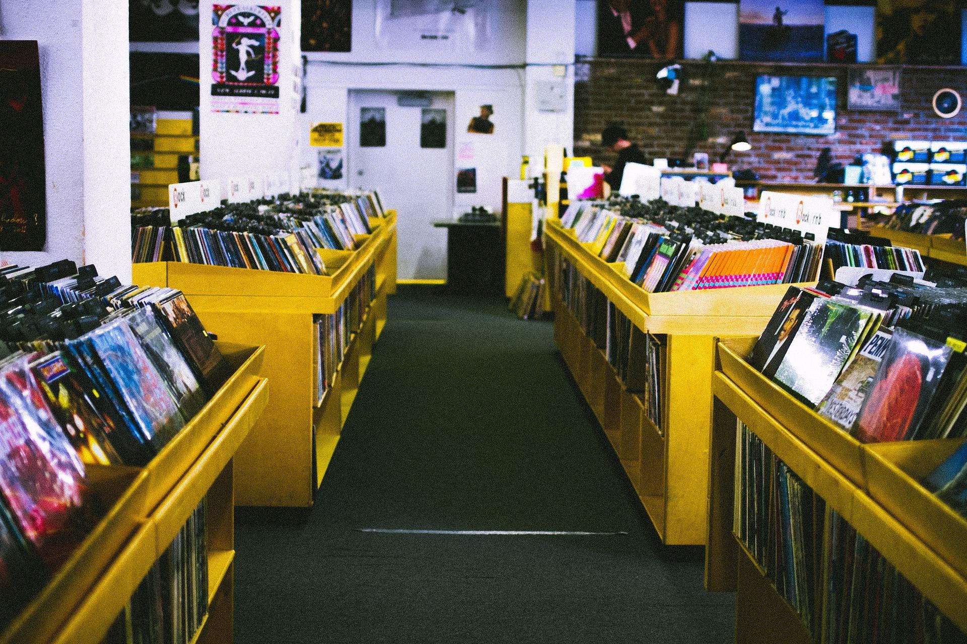 Record store 925553 1920