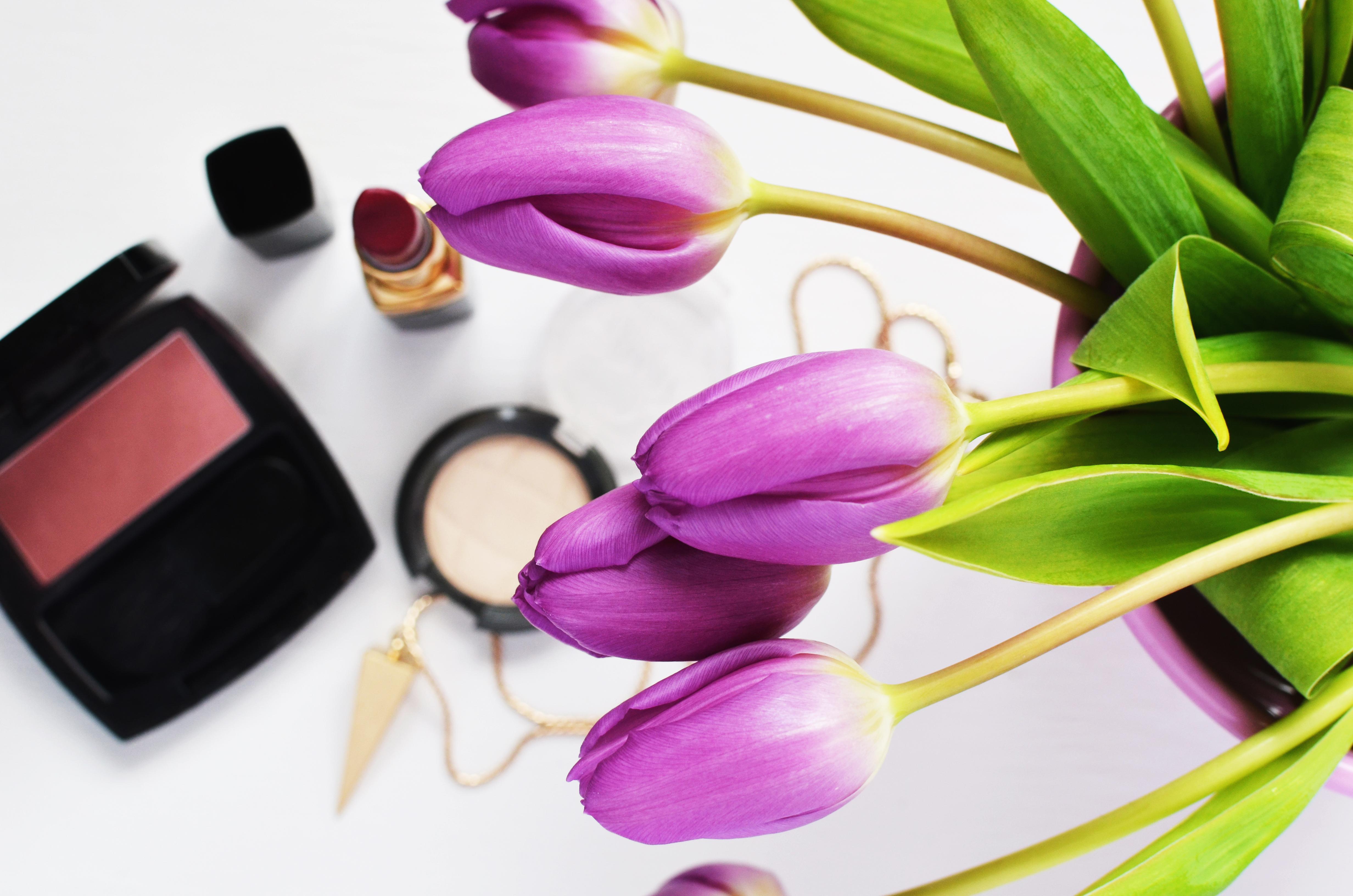 Makeup beauty lipstick make up  1