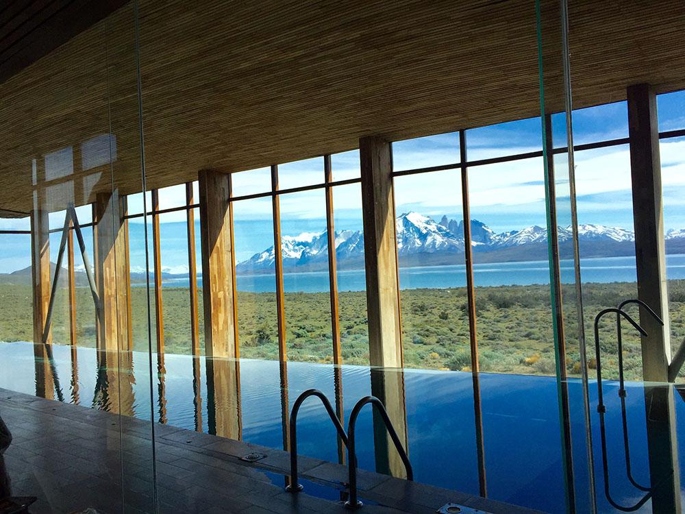 @jujunatripblog's cover photo for 'Onde ficar na Patagônia e Torres del Paine: Hotel Tierra Patagonia'