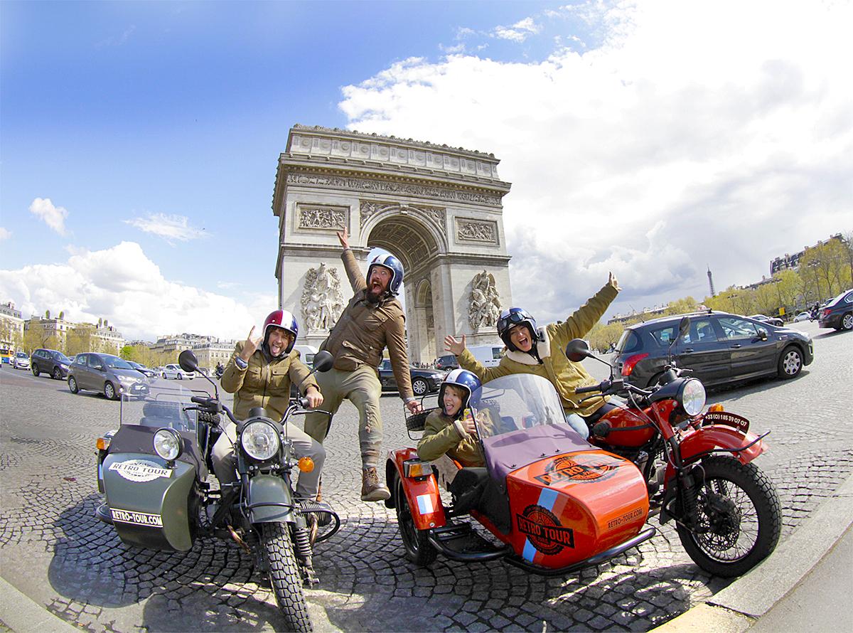 @jujunatripblog's cover photo for 'O que fazer em paris com família: parc asterix, la villete, roda gigante e muitos mais'