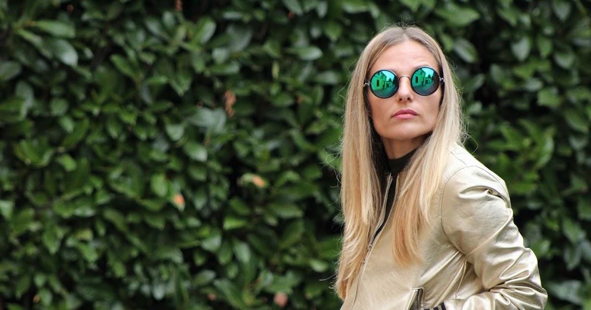 @eniwherefashion's cover photo for '#Outfit: come indossare un originale bomber color oro'