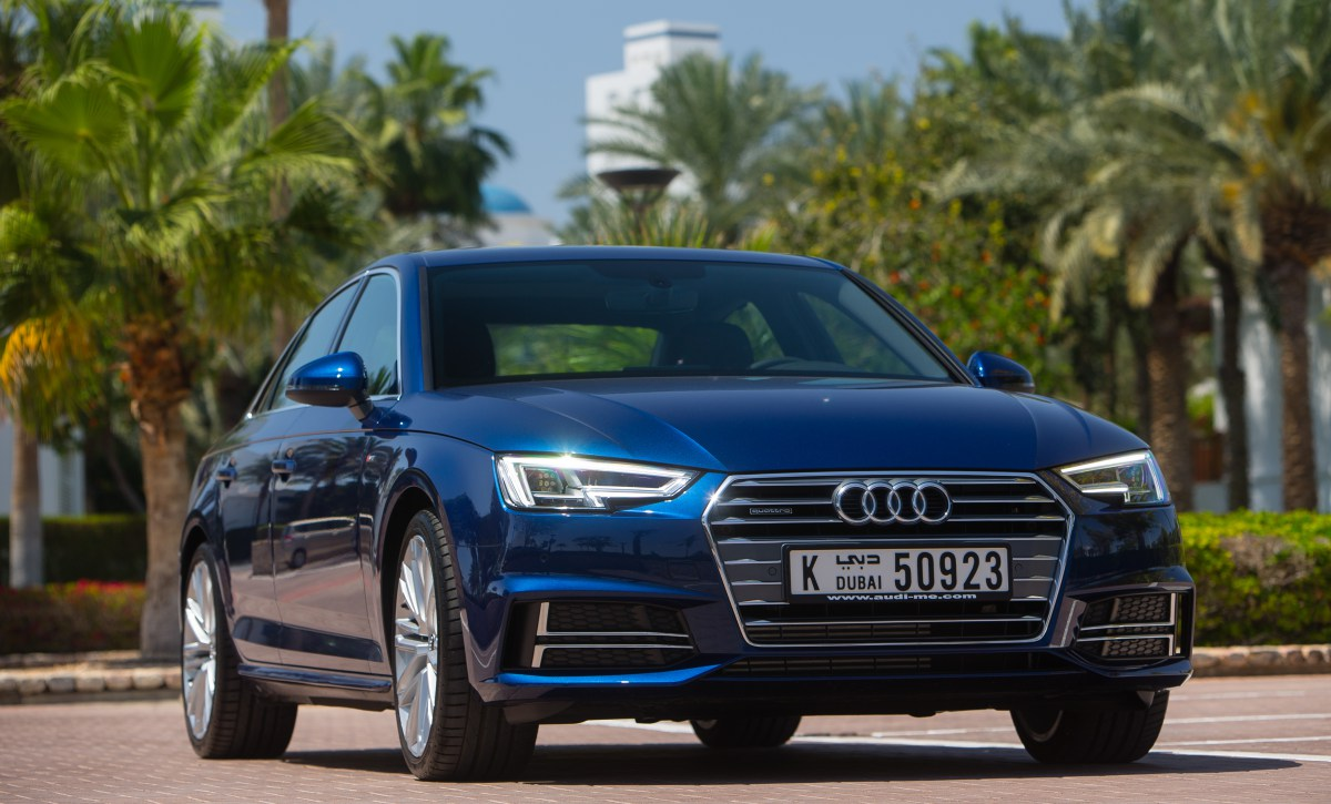 @autoscommunity's cover photo for 'High Tech All the Way – the New Audi A4'