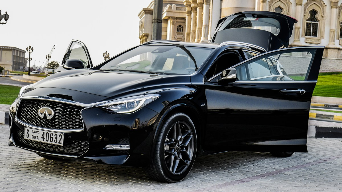 @autoscommunity's cover photo for '2017 Infiniti Q30: Taking a Unique Approach to Compact Luxury Segment'