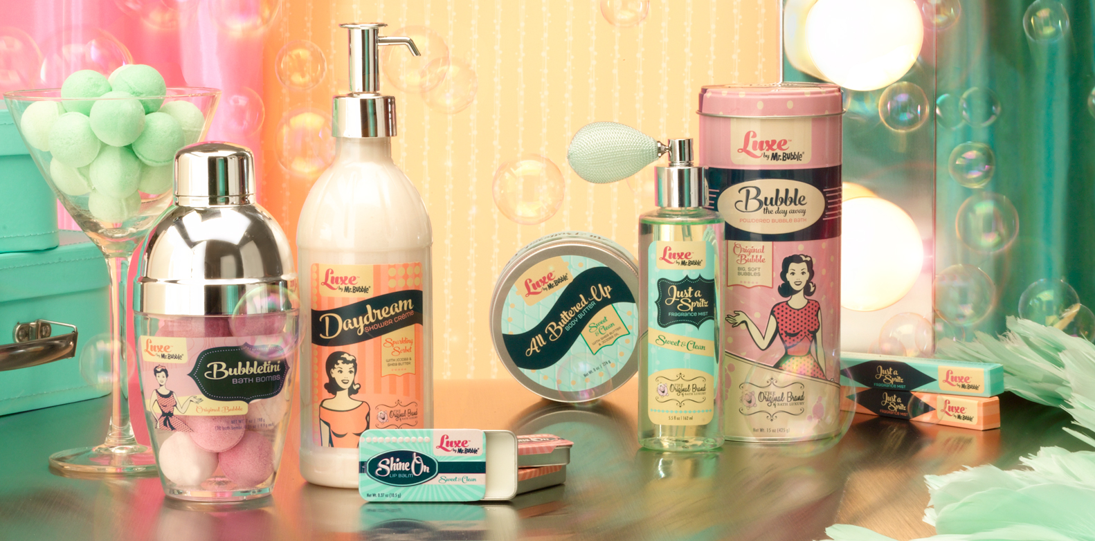 @eandnblog's cover photo for 'Must Have Retro Beauty Products - Everything & Nothin''
