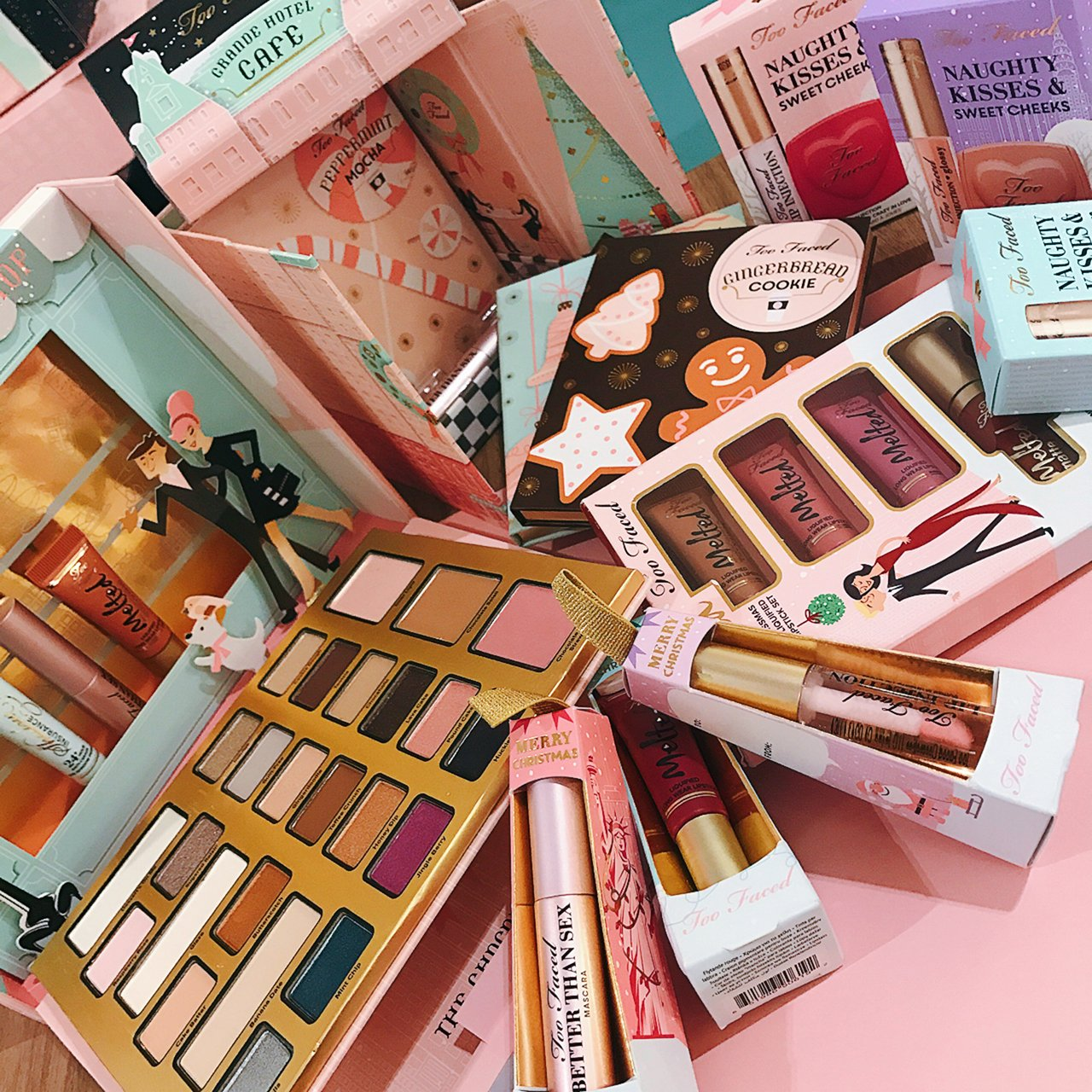 @silverkis's cover photo for 'Christmas in New York with Too Faced Holiday 2016 Collection - Silverkis' World'