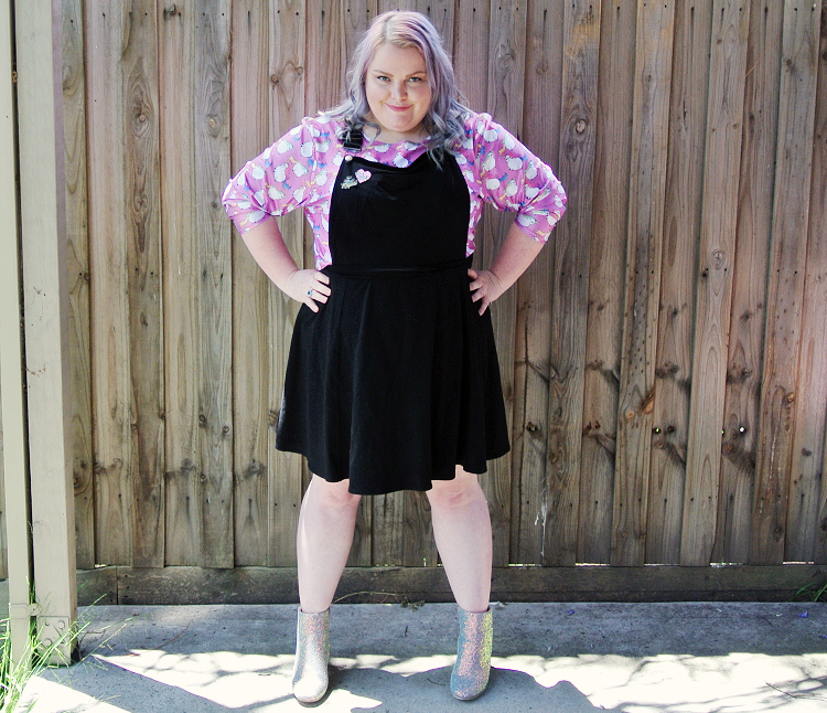 @natatree's cover photo for 'Outfit - Rocking a Fat Unicorn Crop Top! ⋆ XL as life!'