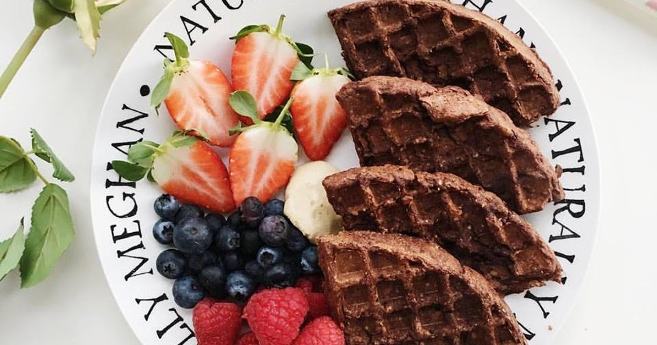 @naturallymeghan's cover photo for 'Naturally Meghan : Vegan & Gluten-Free Chocolate Waffles'