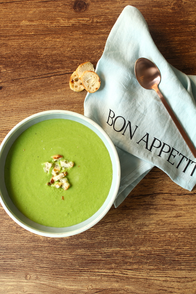 @cookinginmygenes's cover photo for 'Easy Pea Soup - Cooking in my Genes'