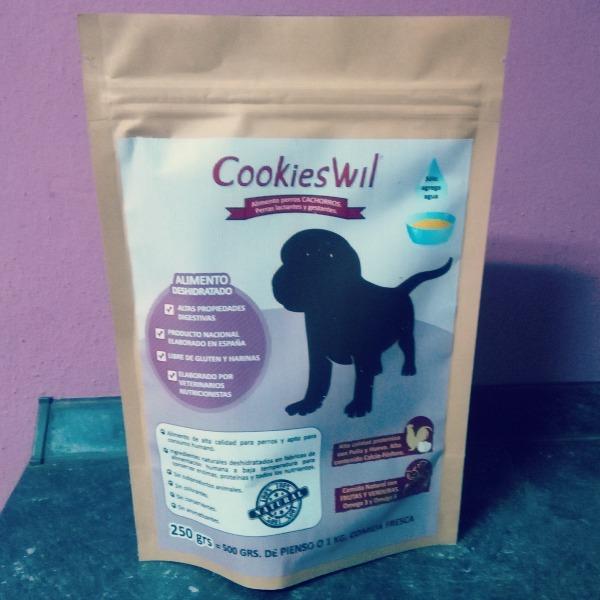 @blogdeuma's cover photo for 'Uma se relame el hocico con CookiesWil - El blog de Uma'
