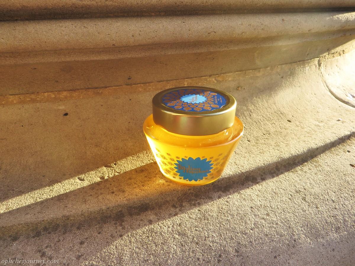 @opheliesjourney's cover photo for 'Alexandre Stern, le seul et unique créateur de miels...'