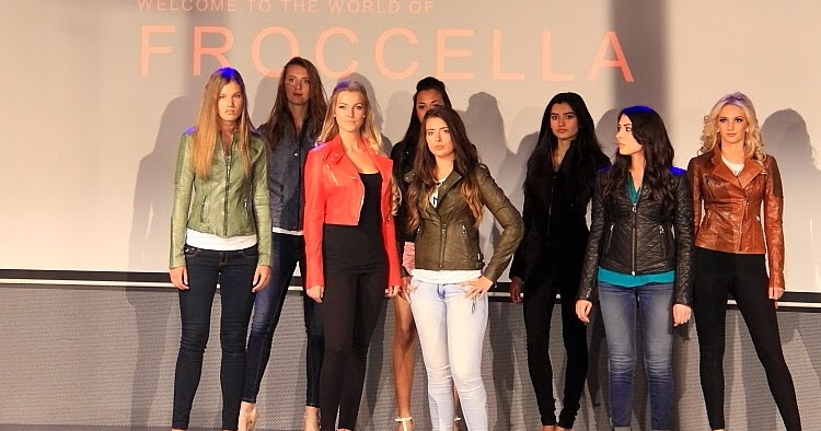@street.style.city's cover photo for 'On the catwalk: FROCCELLA'