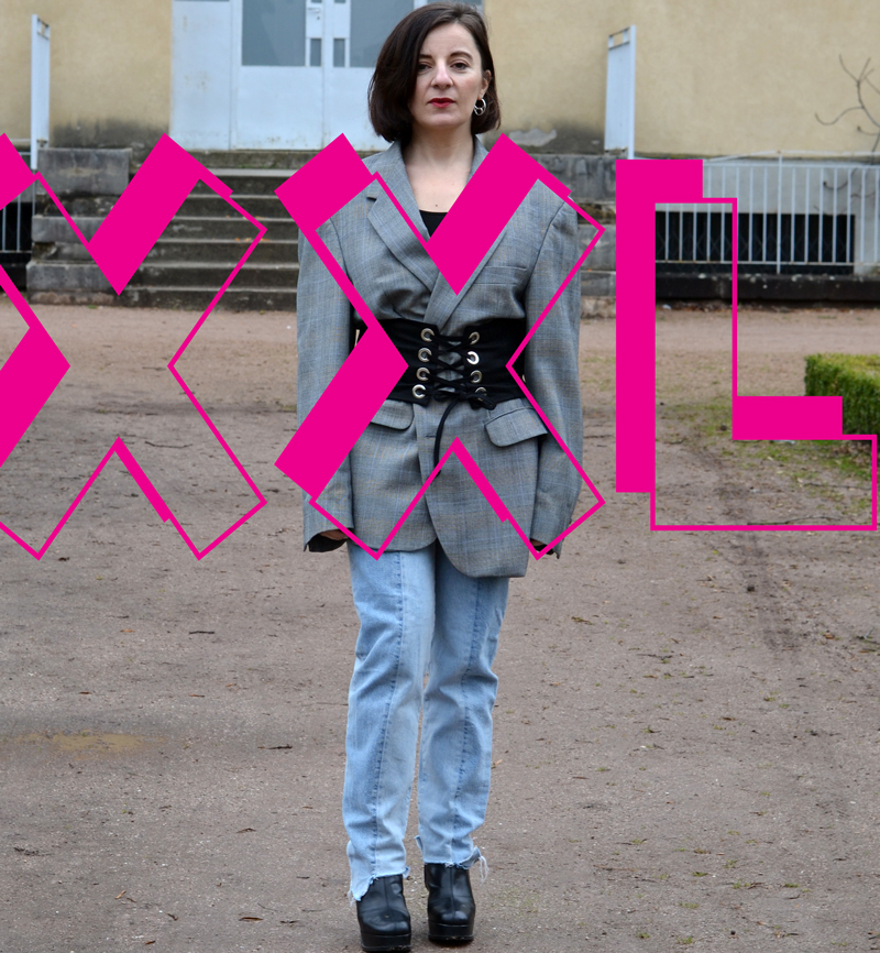 @monomaliste's cover photo for 'XXL'