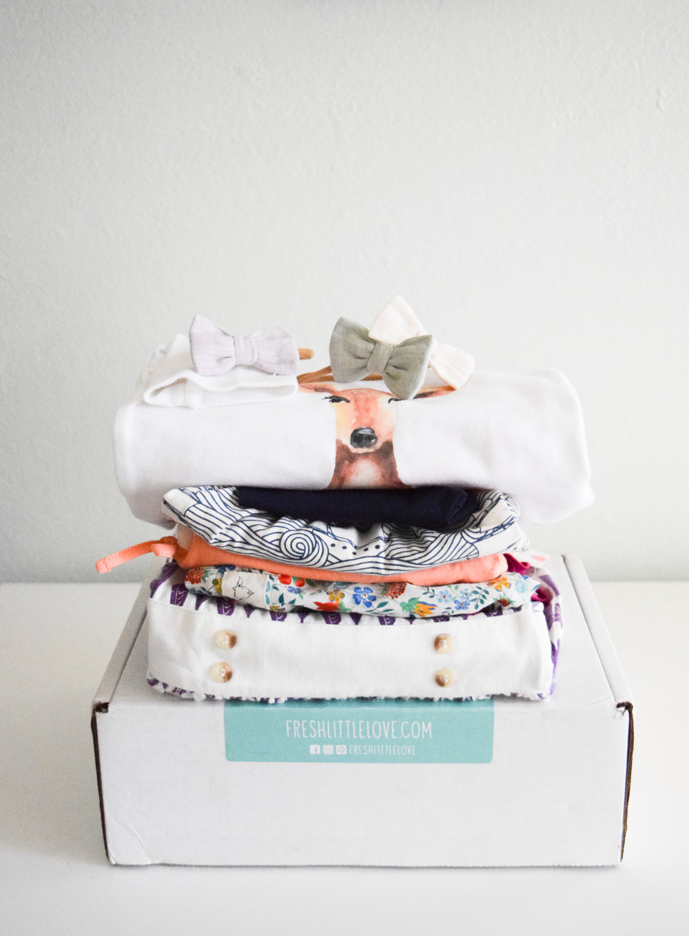 @theoverwhelmedmommy's cover photo for 'Fresh Little Love | Consciously-Curated Baby Clothing Subscription Box'