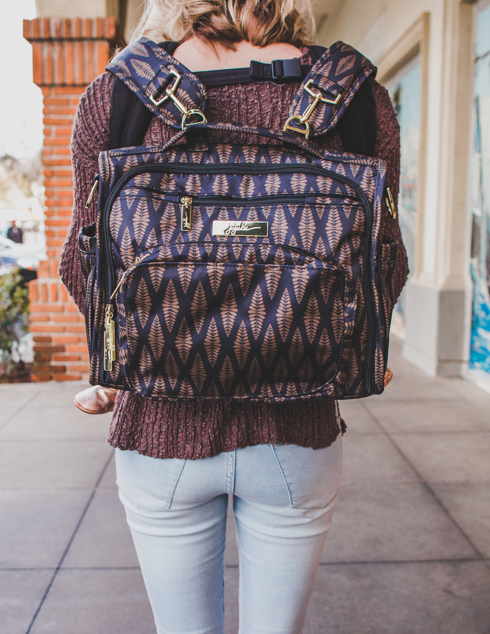 @theoverwhelmedmommy's cover photo for 'Which Ju-Ju-Be diaper bag is right for me?'
