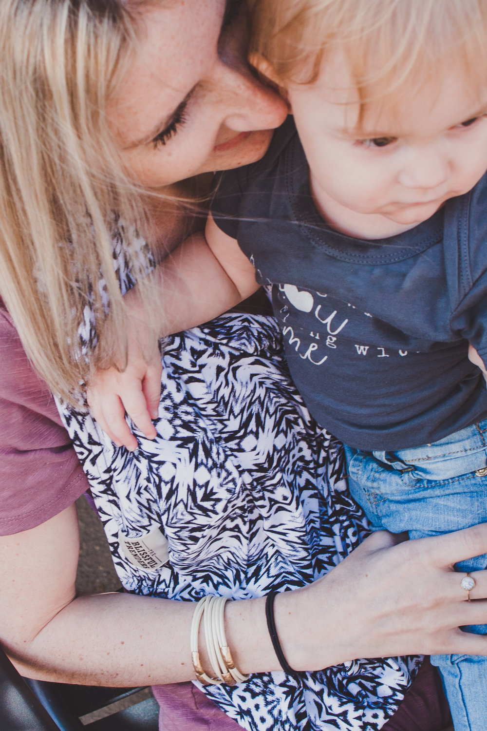 @theoverwhelmedmommy's cover photo for 'Adorable Multi-Use Nursing Covers from The Blissful Trenders'