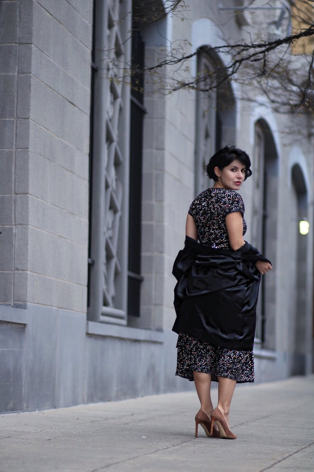 @isabel.alexander's cover photo for 'How to Pick a Floral dress for Spring (for Tall & Petites)'