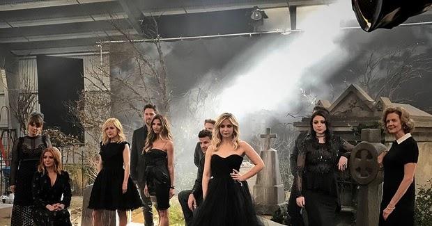 @supervaidosos's cover photo for 'Atores se reúnem para comemorar 20 anos da série 'Buffy, A Caça-Vampiros''