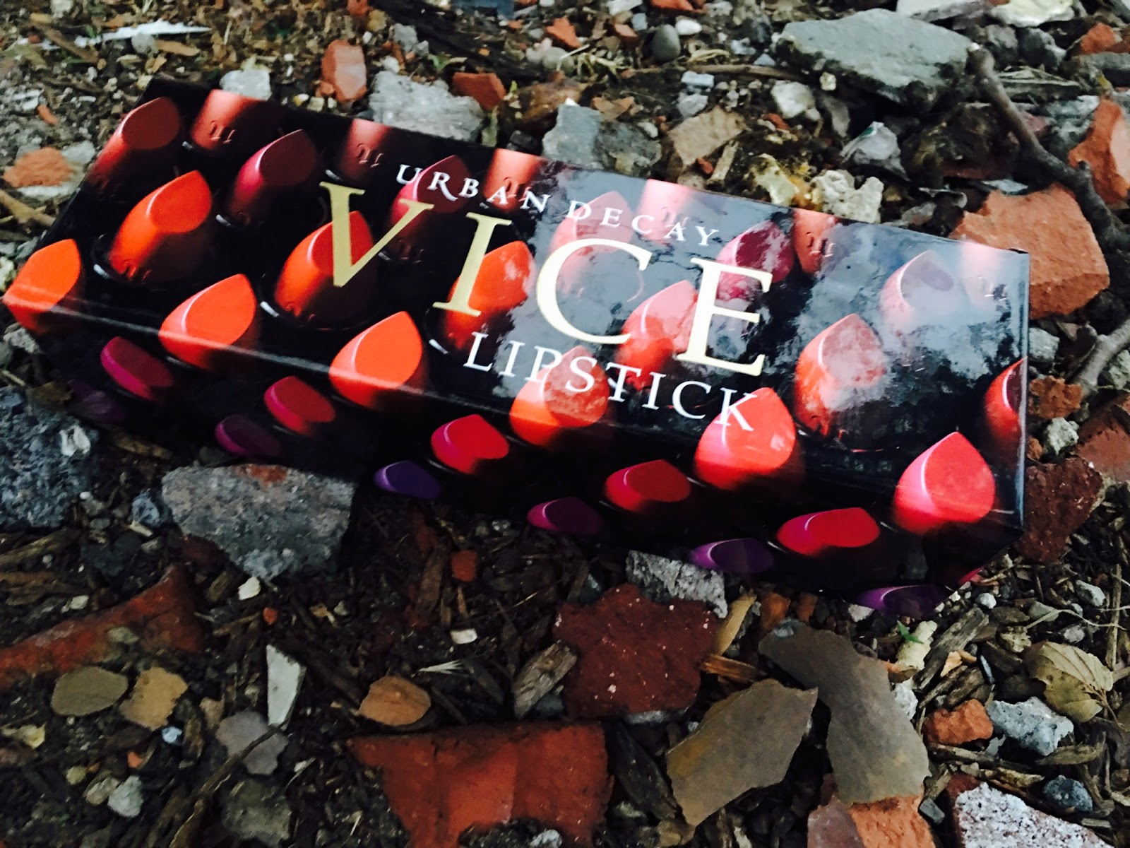 "@beautiebrownie's cover photo for 'Product Review: Urban Decay ""Vice"" Lipsticks & 24/7 Glide-On Lip Pencils'"