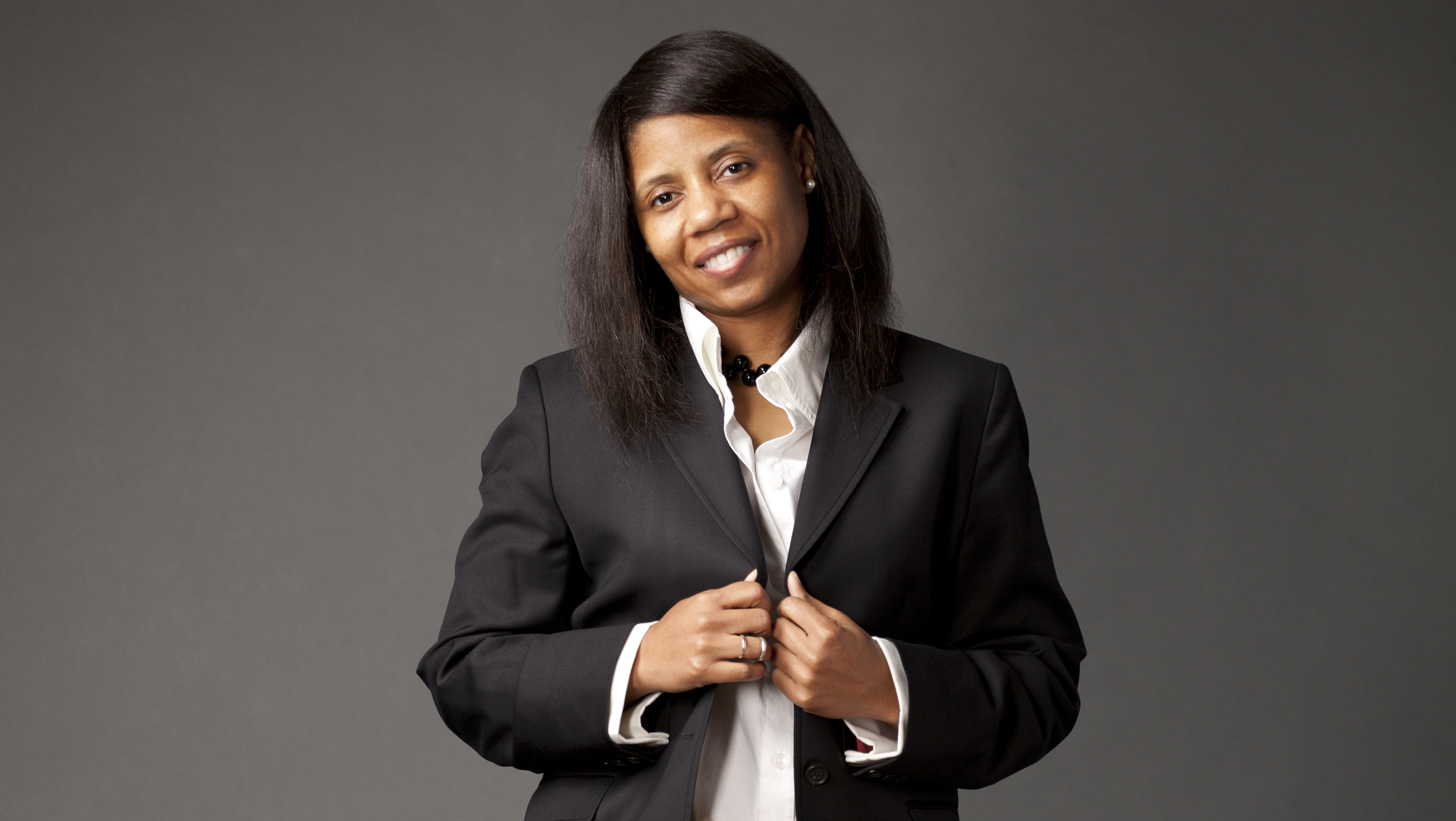 @fennicasino's cover photo for 'From Tuskegee to Silicon Valley, selfiepay's CEO Sharron Battle is an engineering powerhouse'