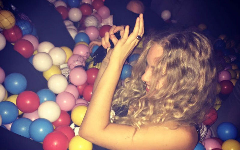 @londontheinside's cover photo for 'BALL PIT BAR OPENING - London On The Inside'