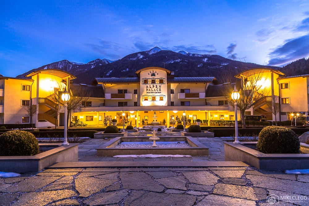 @mikecleggphoto's cover photo for 'Winter Getaways at Alpen Palace Resort and Spa'
