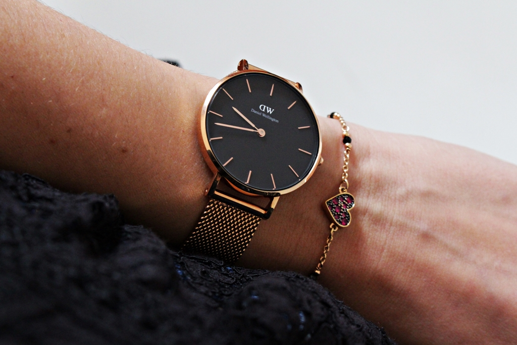 @nicolss's cover photo for 'Classic Petite Melrose by Daniel Wellington'