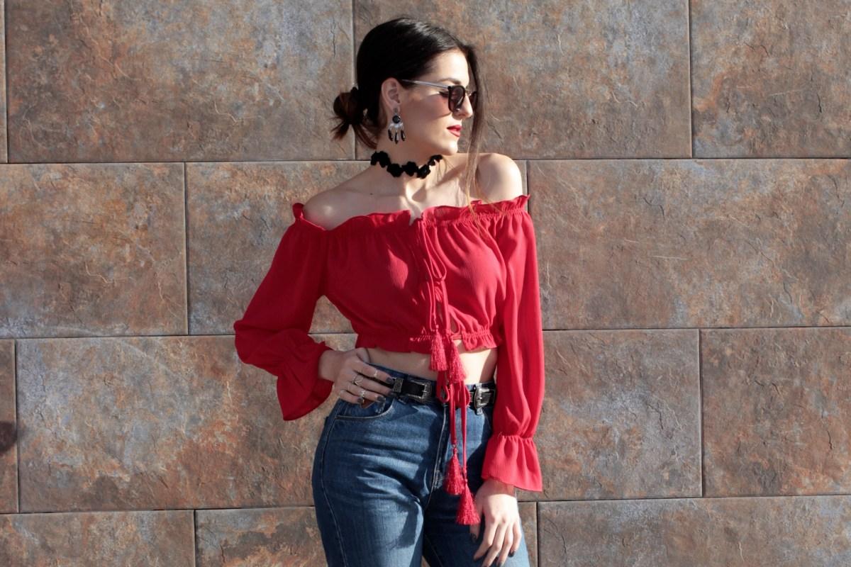 @anita__go's cover photo for 'Camisa Roja volantes'