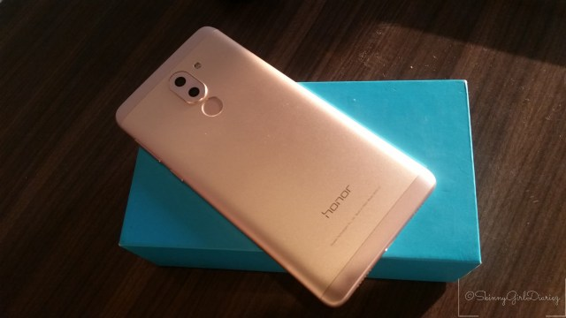 @skinnygirldiariez's cover photo for 'Phone Review: Mid-Range Yet Feature Rich Smartphone – Honor6X by Huawei'