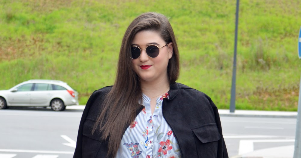 @jennybreathless's cover photo for 'Outfit of the Day ~ Falda plisada, flores y rayas ~ Plus size Girl'