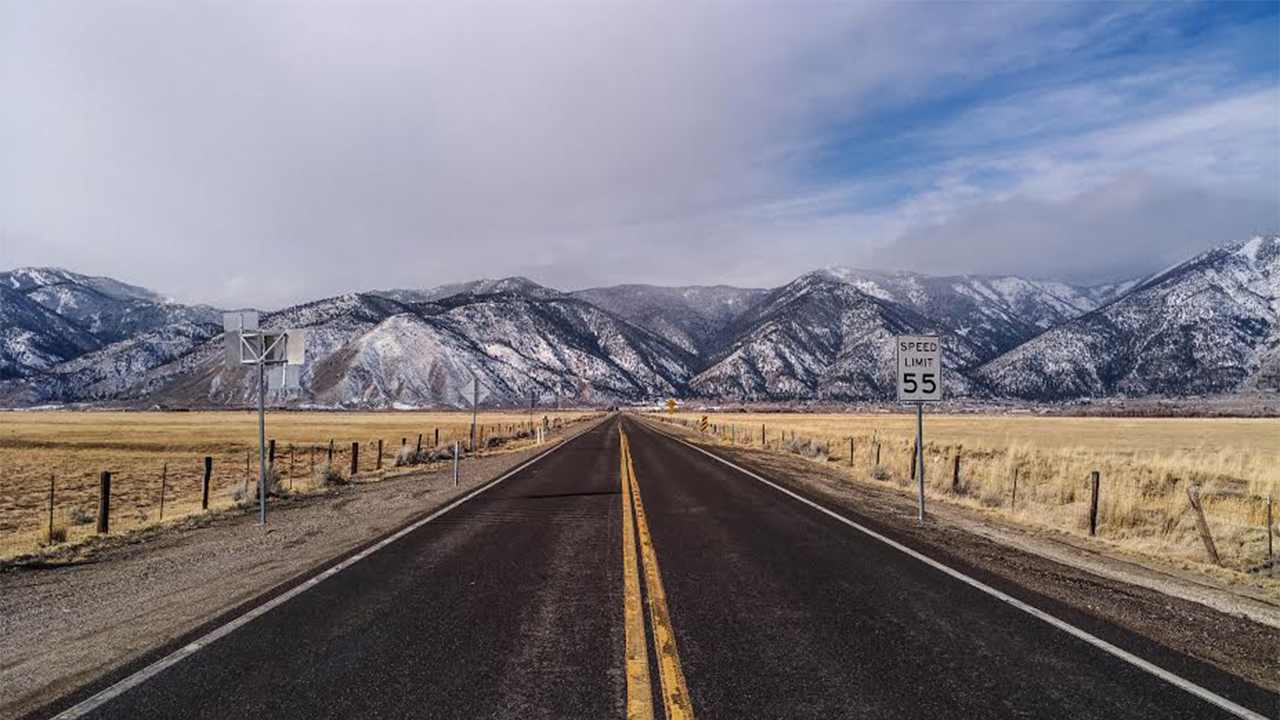 @paullenk's cover photo for 'Why You MUST Plan Your Next Vacation in Carson Valley - LyxPlanet'