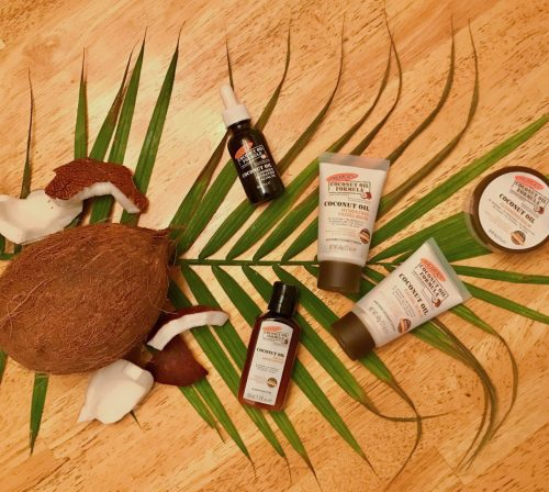 @biancablogs's cover photo for 'The Benefits of Coconut + Coco Products'