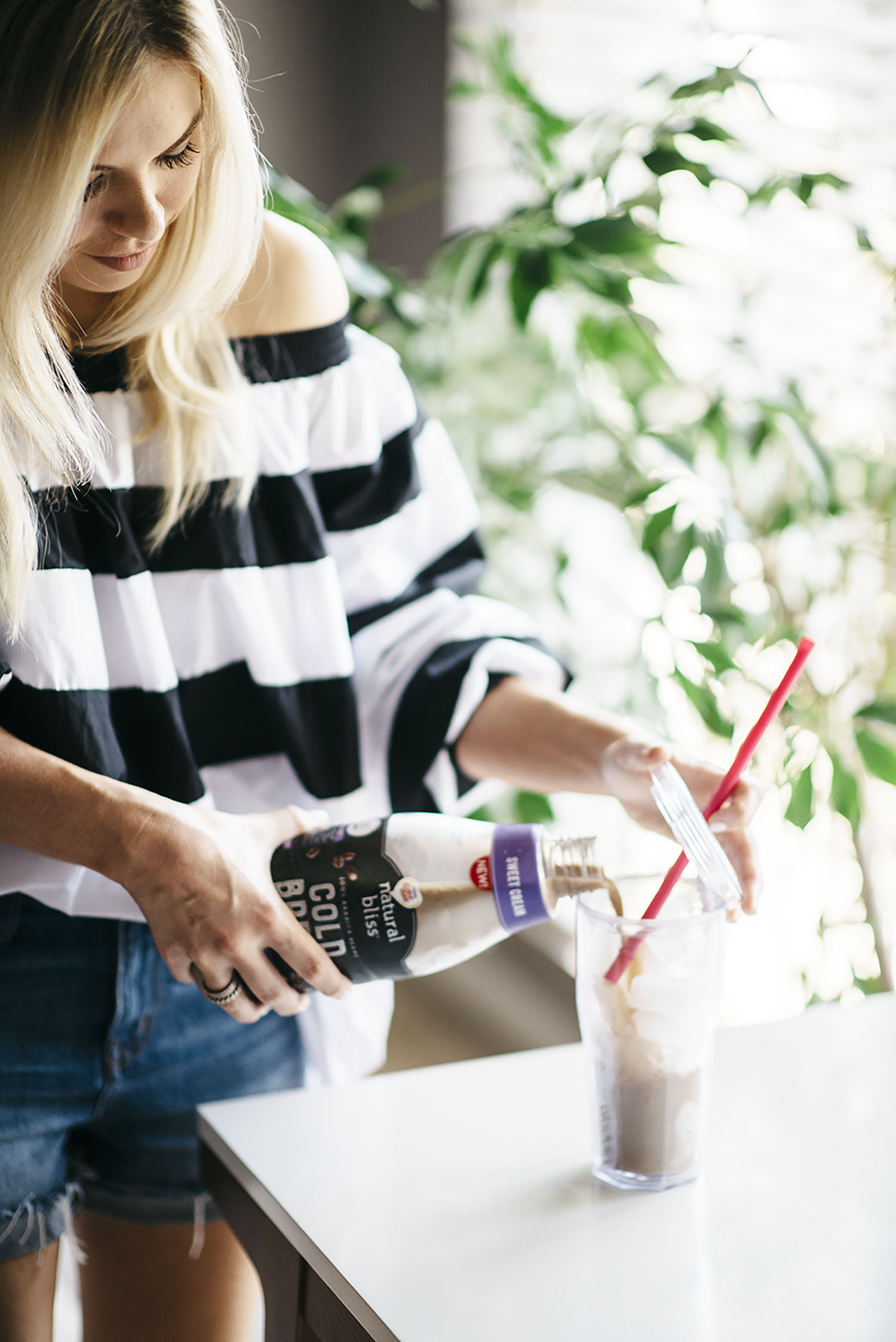 @allysoninwonderland's cover photo for 'my coffee routine + Natural Bliss Cold Brew - Allyson in Wonderland'