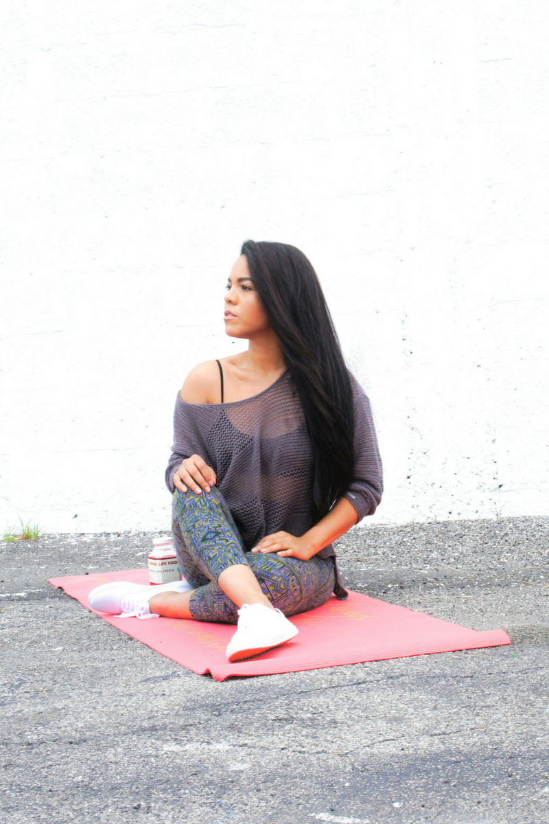 @candycalderon_'s cover photo for 'Detox Your Closet: Benefits Of Sustainable Fashion!'