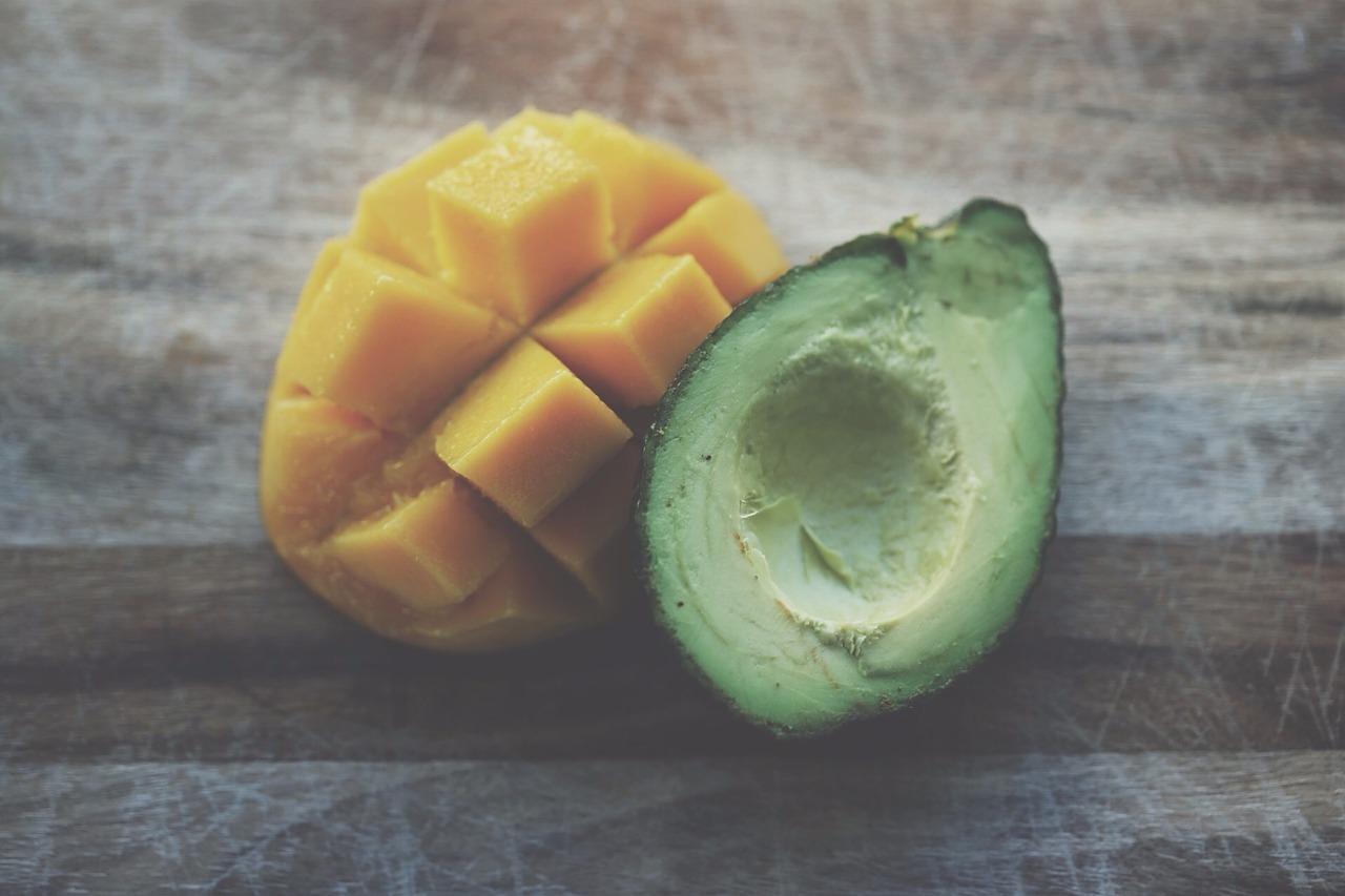 @candycalderon_'s cover photo for 'Avocado-Mango Energy Smoothie'