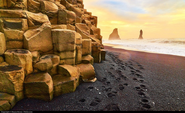 @aworldtotravel's cover photo for 'The Iceland Road Trip Itinerary You Were Looking For. 50 Key Stops + Map'