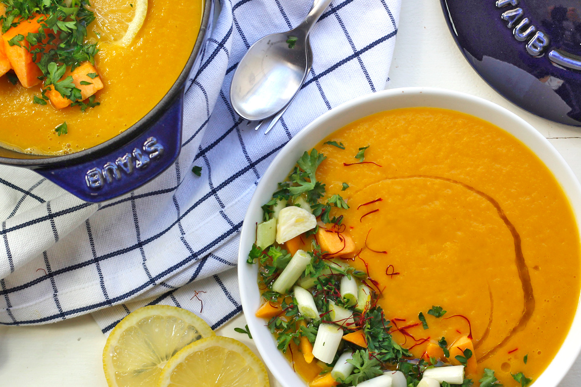 @greensmoothiegourmet's cover photo for 'Savory Spice Butternut Squash Soup {vegan} - Green Smoothie Gourmet'